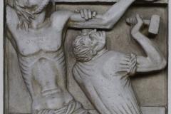 11. Station: Jesus wird an das Kreuz genagelt